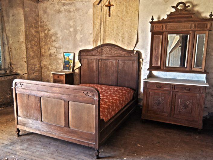 A bedroom (Maison Heinen)